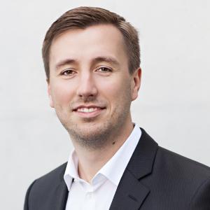 Martin Spiegel 2017 Portrait 300